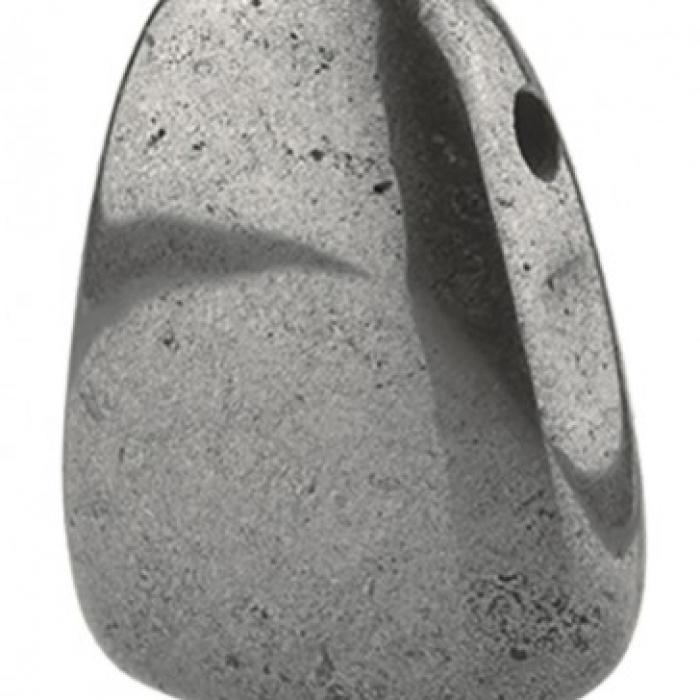hematiet-doorboorde-steen
